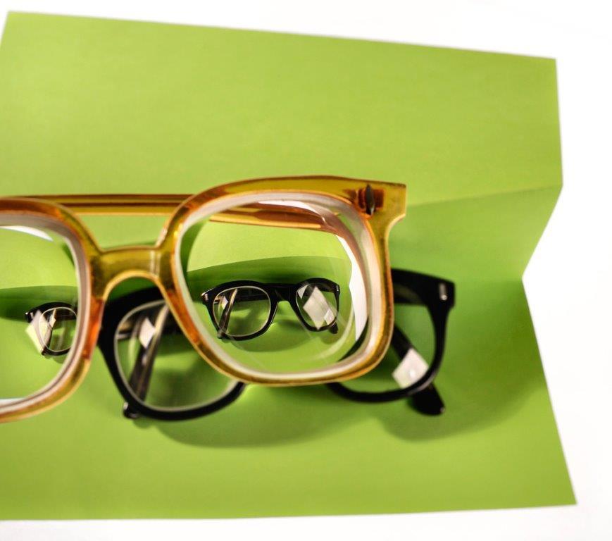 משקפי ראייה במספר גבוה