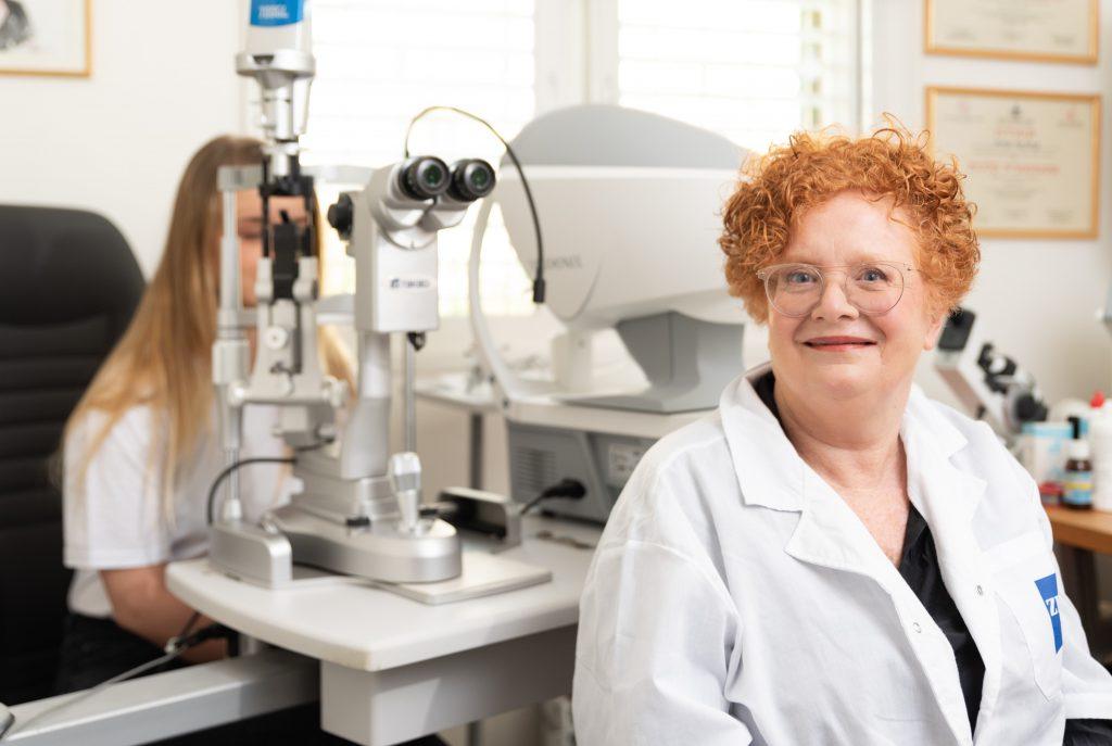 עדשות מגע סקלרליות לטיפול במחלת קרטוקונוס